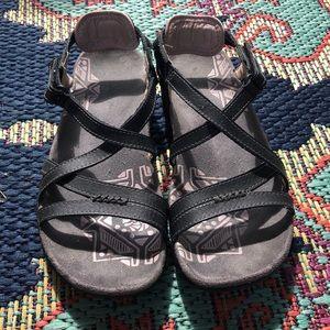 Merrill Sandal
